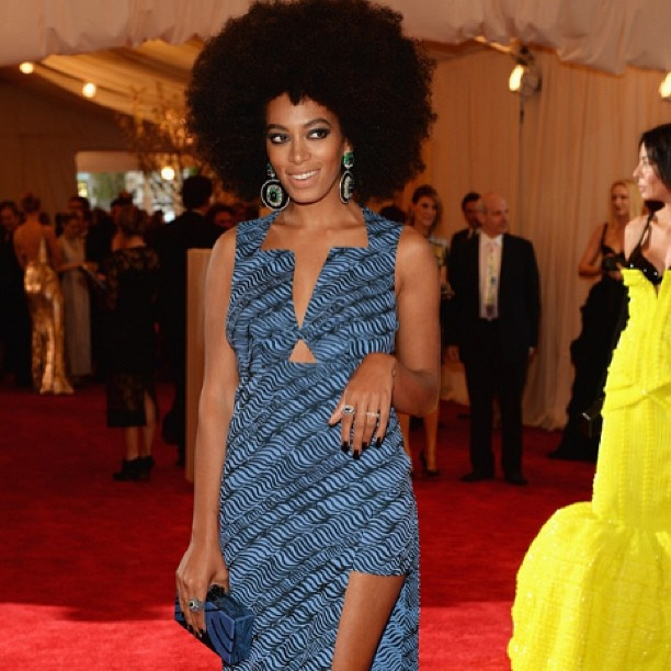 Singer and actress Solange reps for afro-punk with her dark mani- Met Gala