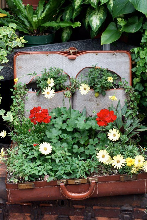 Flower Garden Ideas For Small Spaces 291 best *pot it up junk gardens images on pinterest | gardening