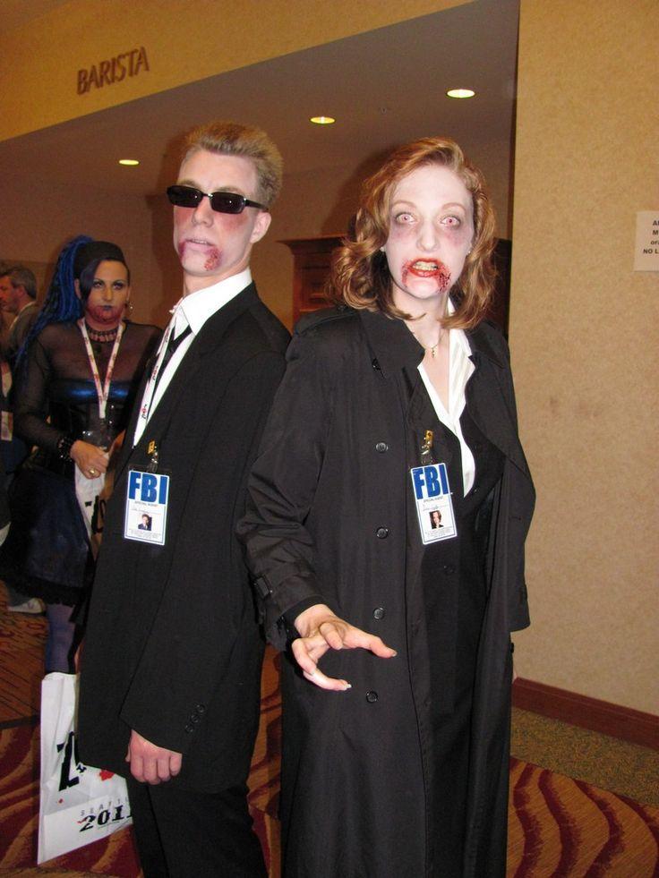 déguisement Halloween femme et costume façon agent Scully avec lentilles  fantaisie et imperméable noir