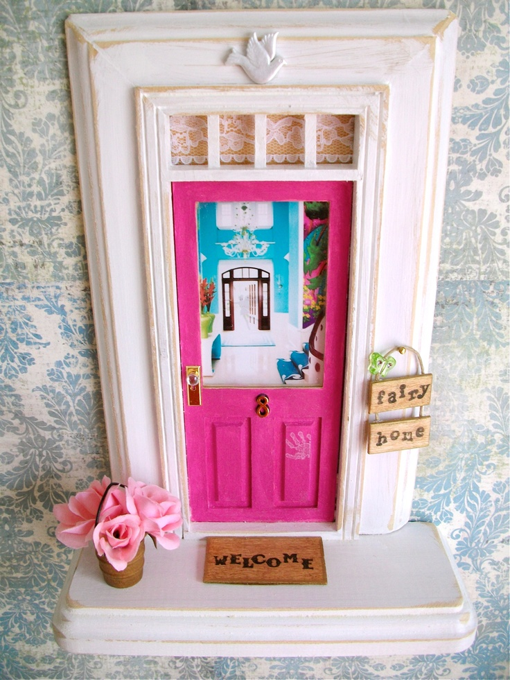 Fairy Door Ideas how to make a fairy door cute ideas materials tips and tutorial Fairy Door Wart Deco Foyer Wwwapeekinsideetsycom