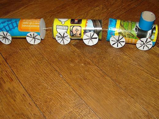 Train en rouleaux de papier toilette brico gar on - Rouleaux de papier toilette ...