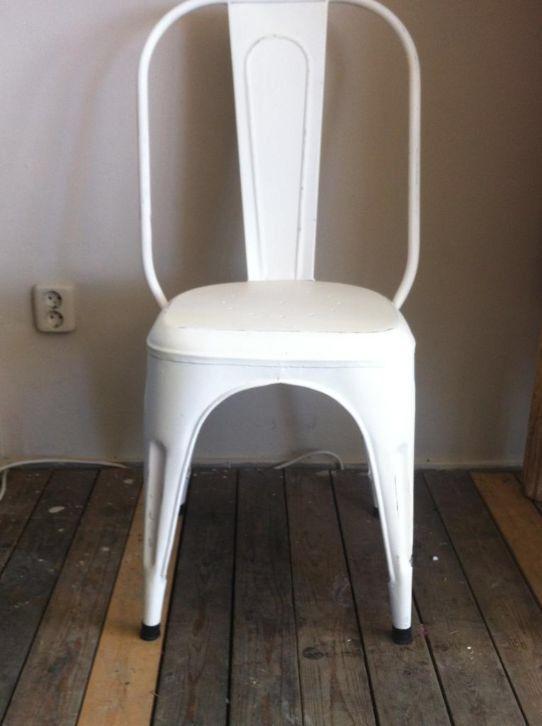 Industriële metalen stoelen, barkrukken, krukjes: http://link.marktplaats.nl/a1014966839