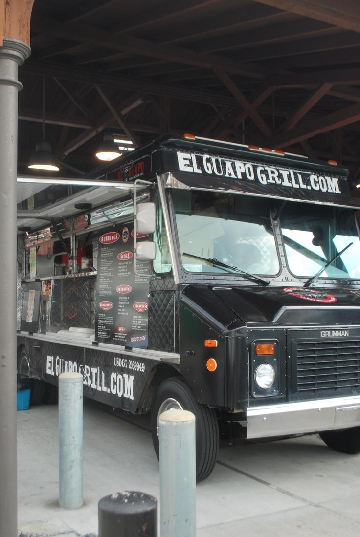 El Guapo taco truck