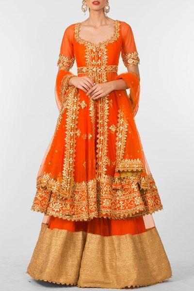Orange gota patti work sharara set. #carma #carmaindia #designer #luxury #diwali #festiveseason #elegant #fun #cute #chic #preetiskapoor #cropthetop #tops #shopnow #onlineshopping #bollywoodstyle #celebritystyle #ootd #indianfashion #mushave #sale #bestbuys