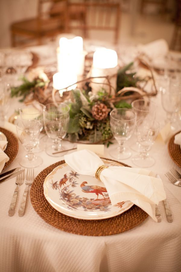 winter wonderland wedding table ideas%0A bright holiday wedding table setting
