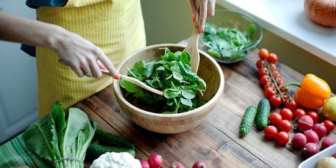 السلام عليكم ورحمة الله وبركاته نبدأ رجيم وتحدي أسبوعي جديد هدفنا هو الإلتزام بـ 100 يوم برجيم داي Healthy Vegetarian Diet Perfect Salads