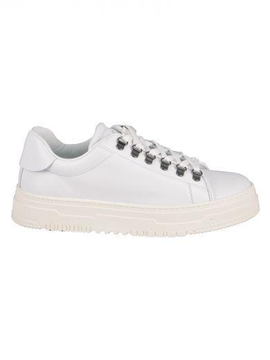 VALENTINO Valentino Garavani Leather Sneakers. #valentino #shoes #valentino-garavani-leather-sneakers