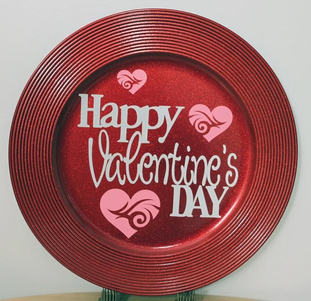 Valentine S Day Charger Plate Vinyl Cricut Forums Valentine S
