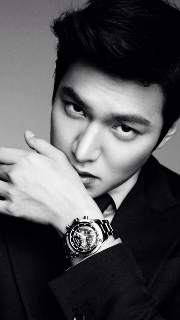Lee Min Ho - This boy's bone structure is insane