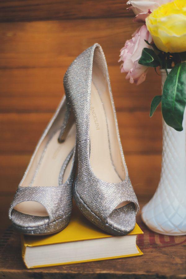 sparkly silver wedding shoes silvershoes httpwwwweddingchickscom