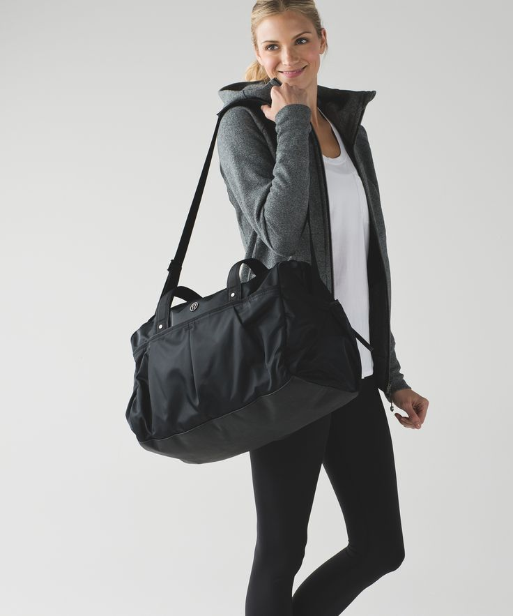This duffel was designed as your go-to 24 hour bag—head straight from the office to the gym and home.