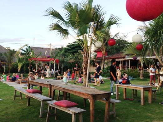 Family dining: Kakilima by the Sea is the perfect venue for family dining. (Photo courtesy of littlebalilove.com) http://www.jakpost.travel/news/favorite-family-restaurants-in-bali-by-food-bloggers-YkJGCqevWtXPzdS8.html