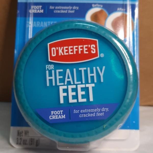 مدونة عالم حواء كريم لتشققات القدمين وتنعيم الكعبين Best Foot Cream Cream Foot Cream