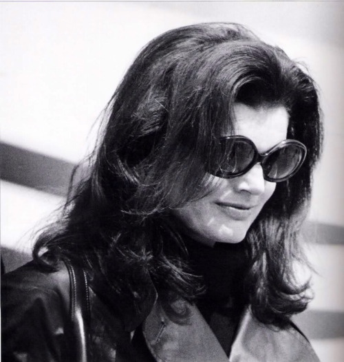 75e0cfe5a9 Jacqueline Kennedy Onassis Sunglasses Related Keywords   Suggestions ...
