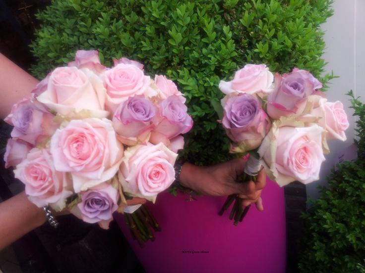 Bruidsboeket en Bruidsmeisjesboeket met oa roos Memory Lane