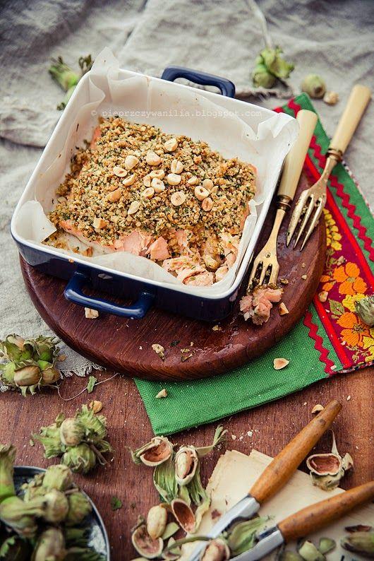 baked hazelnuts crumble salmon by Pieprz czy Wanilia
