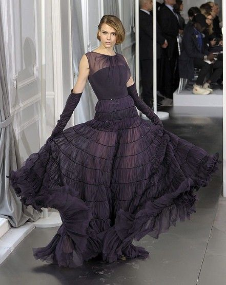 Paris Haute Couture: Christian Dior spring/summer 2012: Dior S Haute, Couture Gowns, Spring Summer 2012, Astonishing Dresses, Fashion Week, Haute Couture