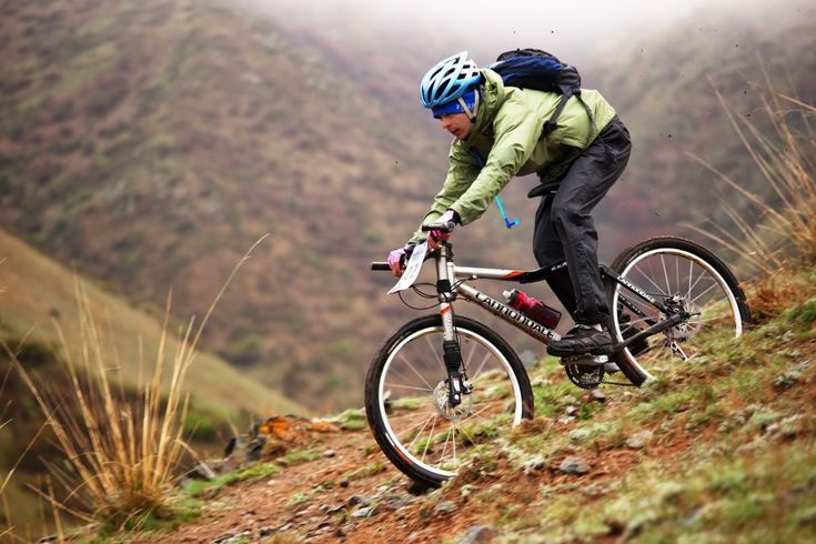The 5 Types of Mountain Bikes You Need to Know: Not all mountain bikes are designed for biking up and down mountains, so you better get to know the different types of mountain bikes now.