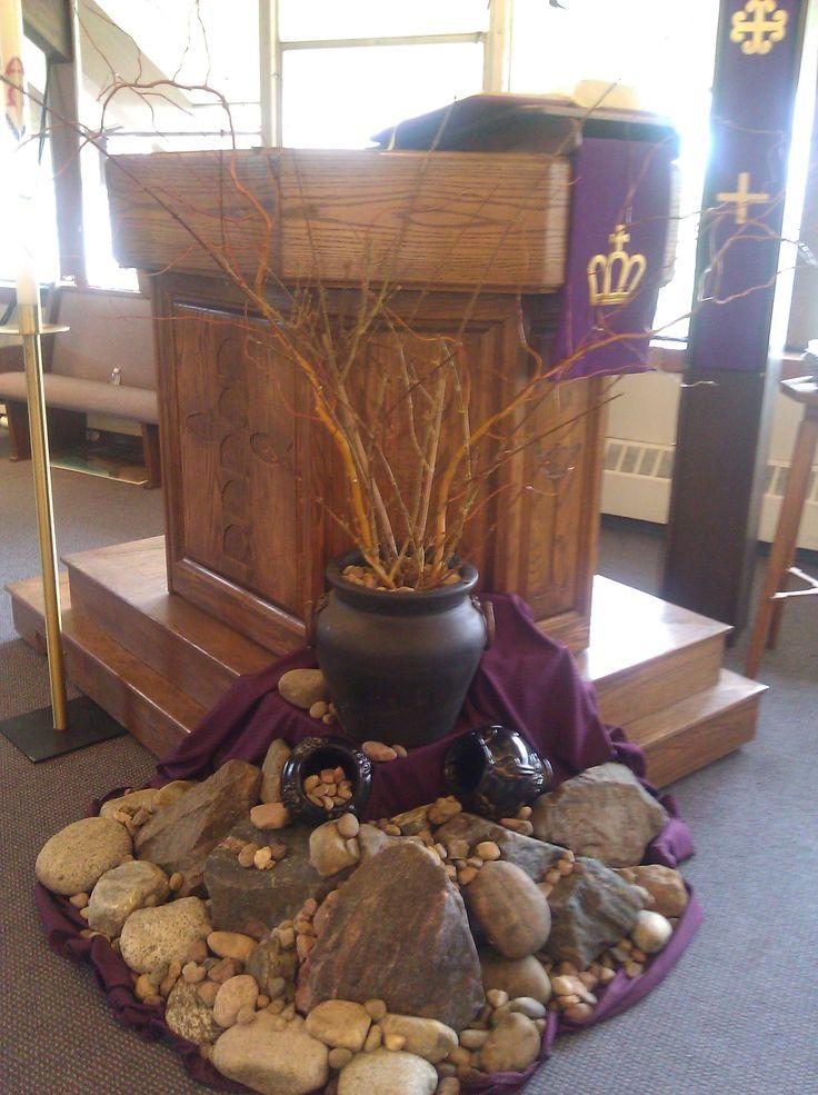 Lent display mount calvary decorating pinterest for Altar decoration
