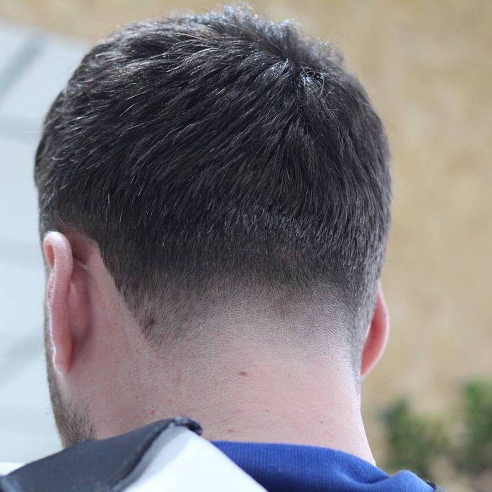 Hals Konus Männer Kurze Frisuren, kurze männer frisuren 2017, rockabilly frisuren männer kurze haare, sehr kurze männer frisuren, coole frisuren männer kurze haare, gel frisuren männer kurze haare, kurze frisuren männer 2016, kurze coole frisuren männer #Frisur #Frisuren #Männer #Hairstyle #Hair #Haircuts