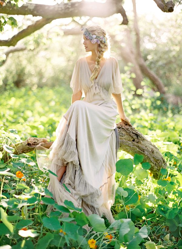 Boho wedding dresses so pretty you'll want to head to a wood and get married…