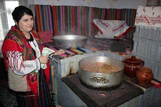 Sarmale făcute după o reţetă medievală păstrată în nordul României. Secretele au fost învăţate de la tătari | adevarul.ro