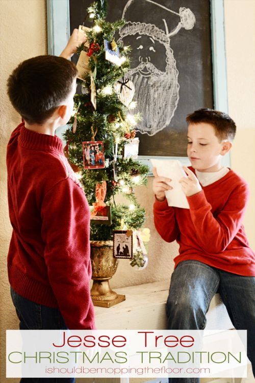 25 christmas traditions to start right now trees for How did the christmas tree tradition start