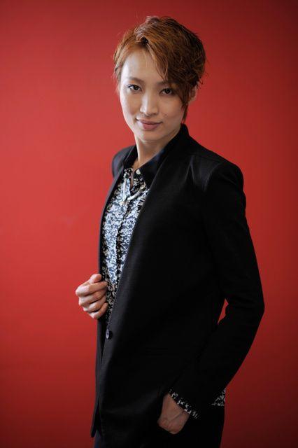 Takarazuka Revue❄Snow Troupe❄Futo Nozomi ♥望海風斗さん♥朝日新聞