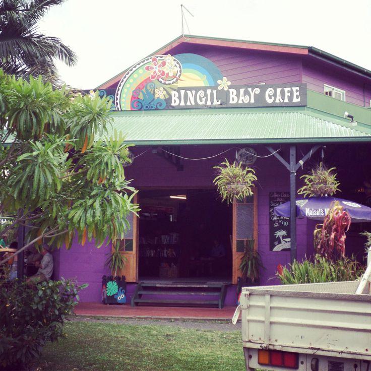 Bingil Bay Hippie Cafe - Mission Beach #travelling #australia