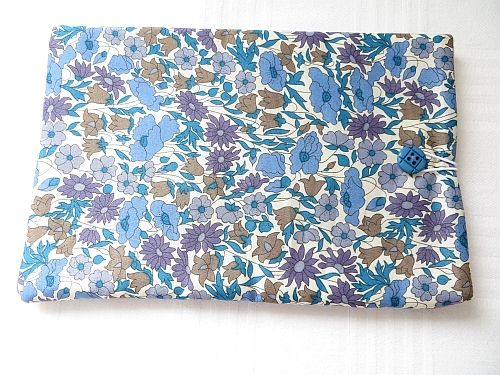 Tablet cover Liberty Poppy Daisy Lawn Blue