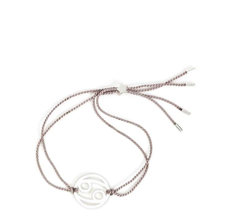 Tara Wolf Cancer Zodiac bracelet