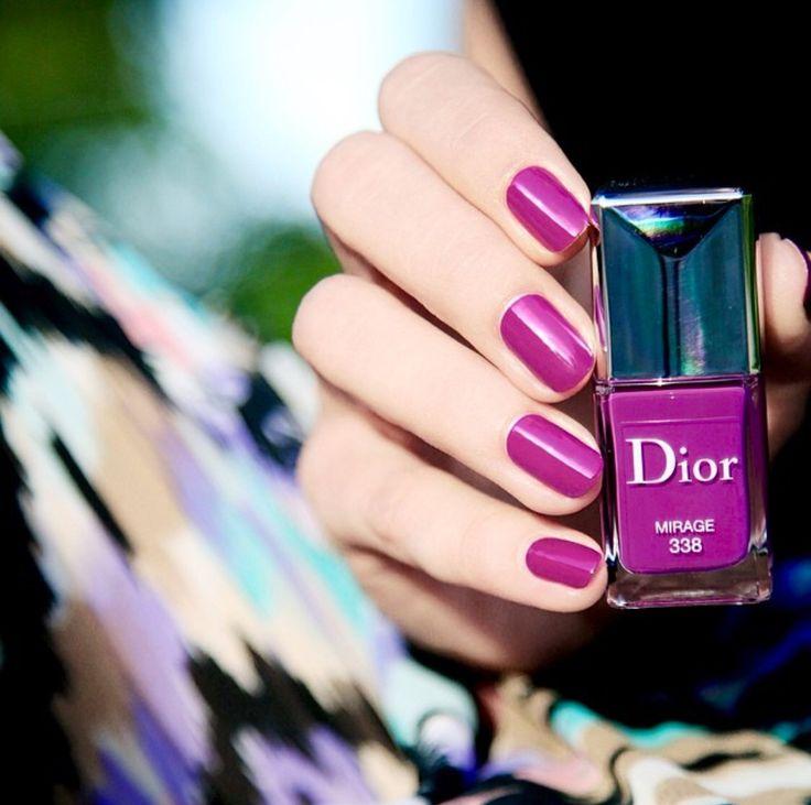 Pin de Mai em Nail polish
