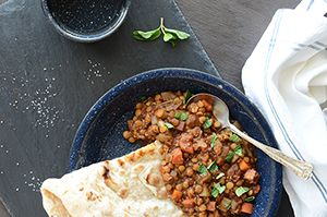 Smoky Lentils with Pomegranate + Mint | Vegetarian | Pinterest