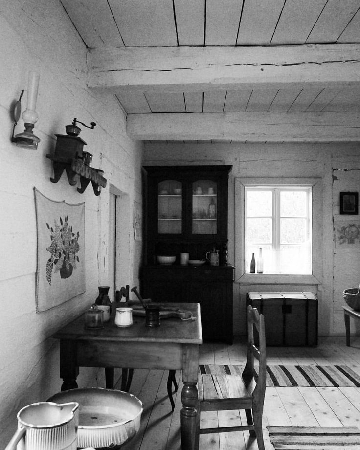 #exploring #interior #architecture #design #vintagestyle  #Tokarnia #Kielce #Poland  #woodmanpic #tbt #sony #nex  (w: Tokarnia, Kielce, Poland)