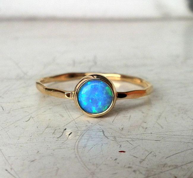 Złoty pierścionek z opalem - PANGOLD - Pierścionki złote