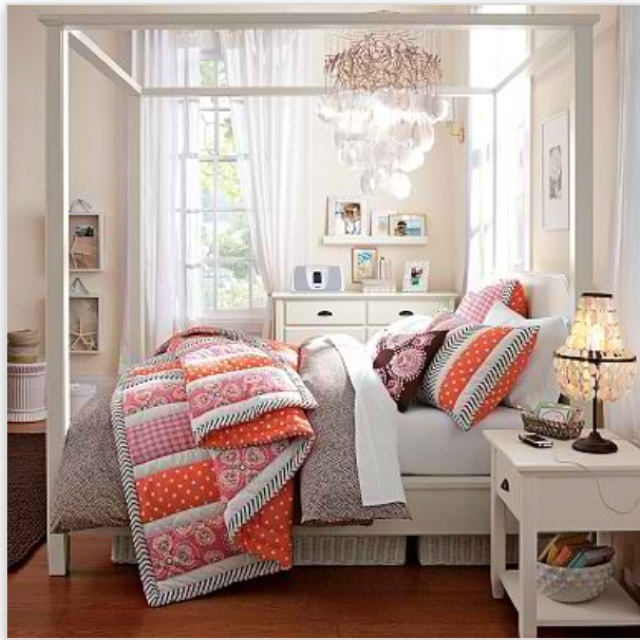 Pottery Barn Teen Love The Stripes Girls Bedroom Ideas