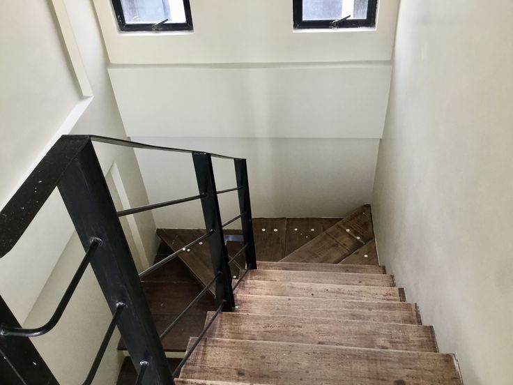 44 best quezon city properties images on pinterest car garage townhouse in kingspoint quezon city 46 58m only 3 bedroom 2 toilet and bath 1 car garage laundry area balcony gated compound with guardhouse situated solutioingenieria Images