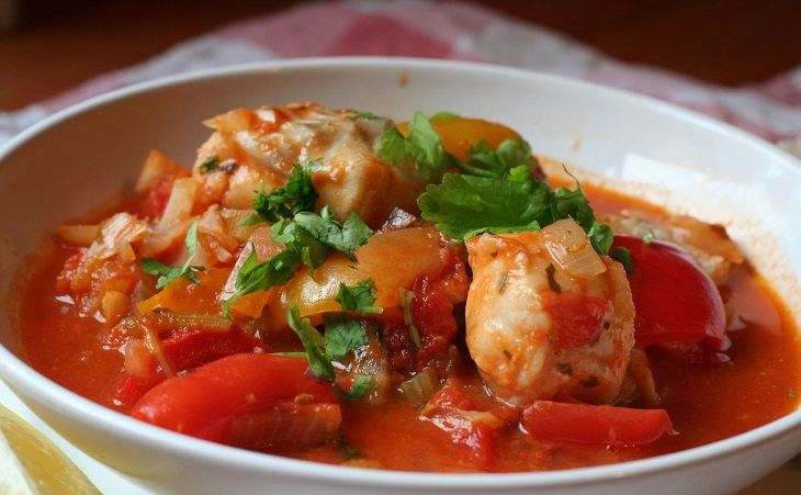This recipe will show you how to make a tasty and easy-to-make fish stew.
