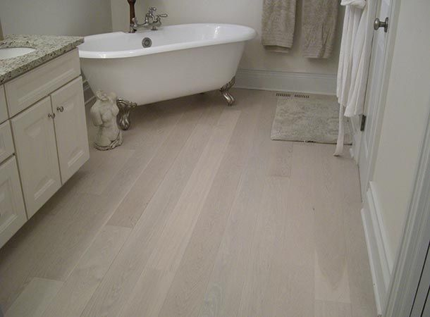 White Oak Character Oracle Pearl By @Vintage Hardwood Flooring #hardwood #hardwoodflooring #whiteoak