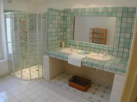 Best 20 carrelage moderne ideas on pinterest carrelage - Carrelage salle de bain vert ...