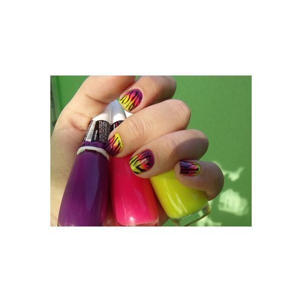 nail polish   Tumblr found on Polyvore