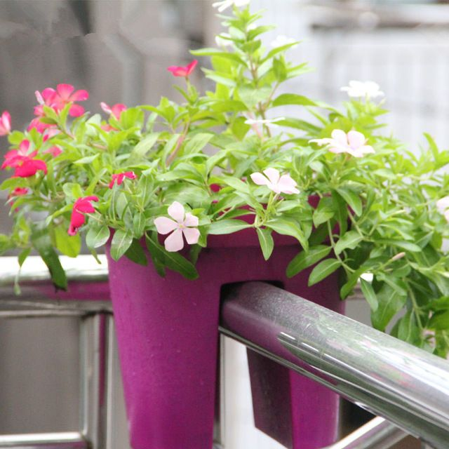 2 pieces Balcony terrace with a special creative green plastic flower pots and pots of high-grade Plastic raw material p015