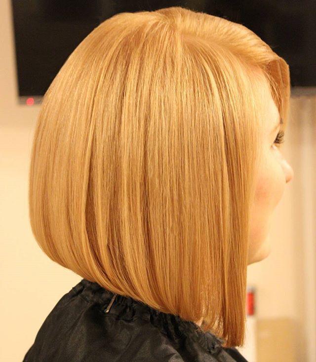 New look pentru @agrisan_georgiana realizat de Bianca Nicoara la #studioxpression  #newlook #blonde #hairstyle #haircolor #previahaircare #phlaboratories #shorthair #lookoftheday