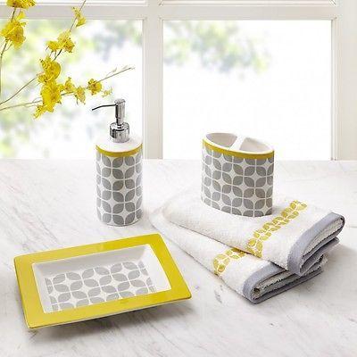 Bathroom Accessory Set Yellow Geometric Print 5-Piece