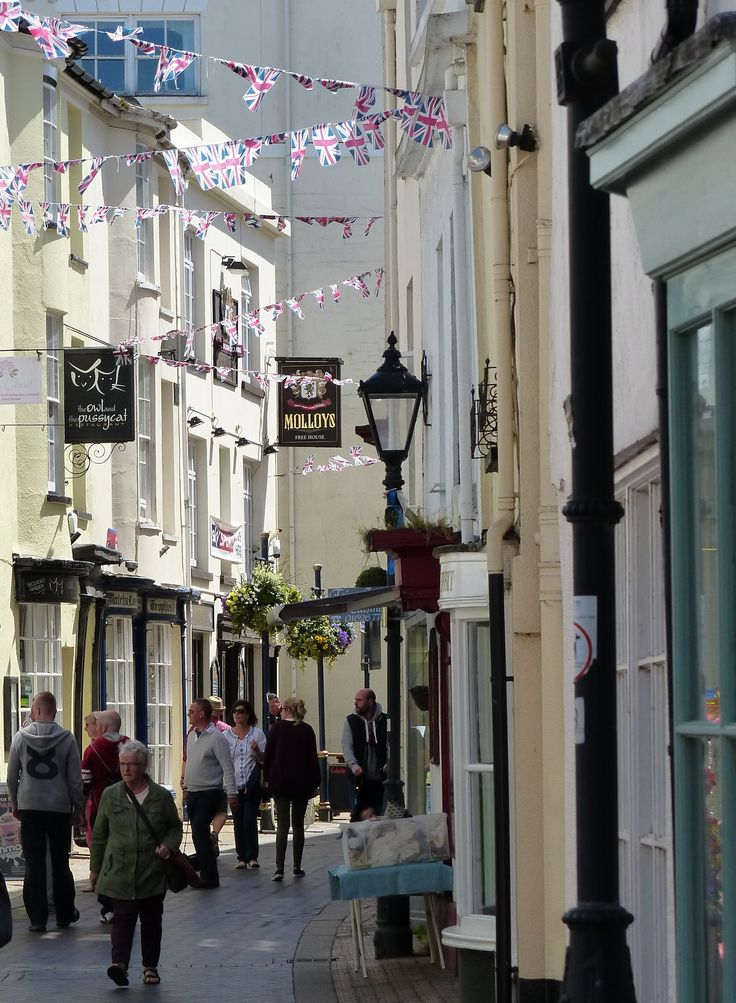 Cute shops in Teignmouth