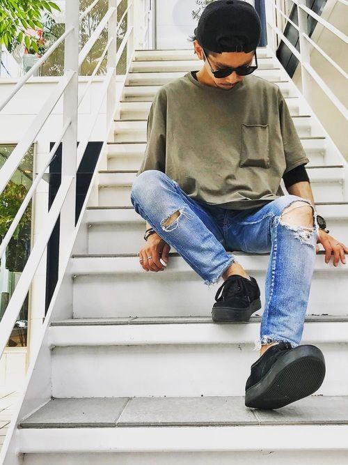 EDIT CLOTHINGのTシャツ・カットソーを使ったYUSUKE5のコーディネートです。WEARはモデル・俳優・ショップスタッフなどの着こなしをチェックできるファッションコーディネートサイトです。