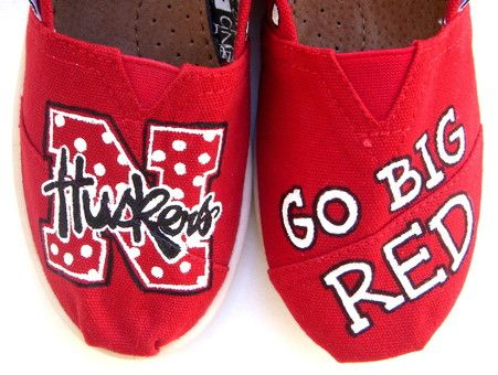 Nebraska Huskers TOMS-pretty sure I could make these