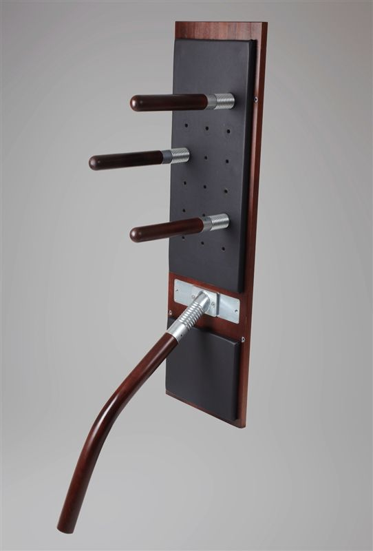 The Wing Chun Tec Board makes it possible for beginners to use the basic Wing Chun techniques, as well as allowing advanced practitioners to train and perfect more complex techniques and Chi Sao exercises. This larger version has a spring loaded leg to