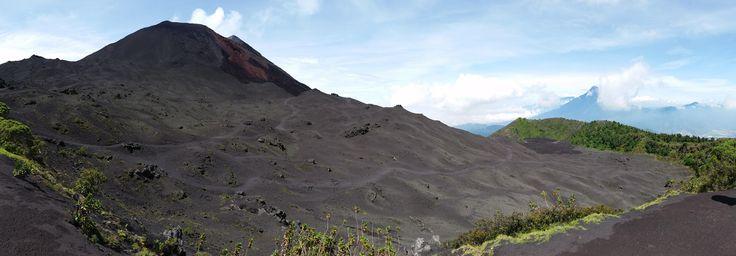 The black desert atop Volcán Pacaya Guatemala. [OC] [8832x3072]