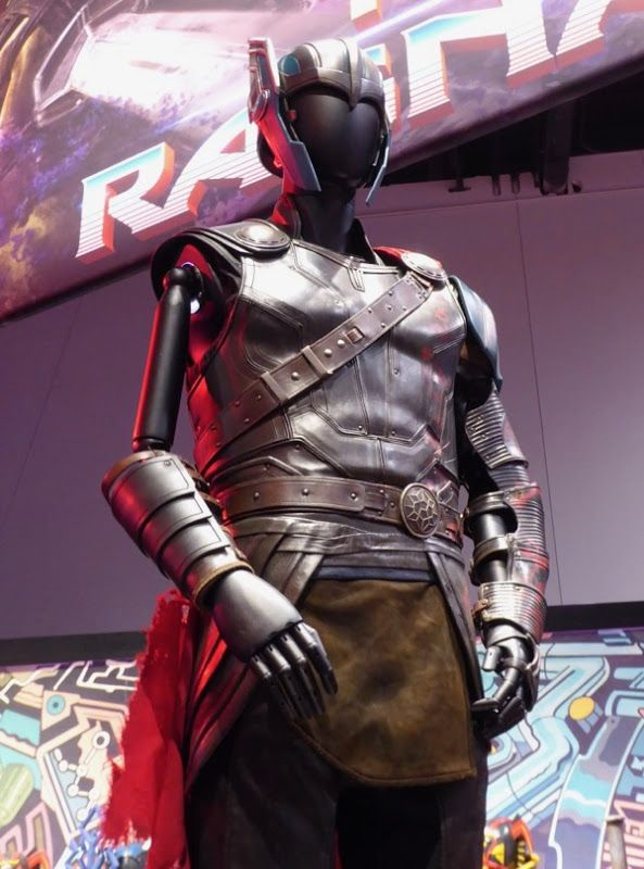 Thor: Ragnarok movie costume
